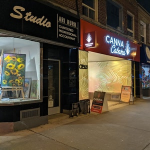 East+York+%E2%80%93+Bayview Cannabis Dispensary - Image 1
