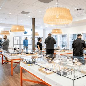 Calgary+%E2%80%93+Crowfoot Cannabis Dispensary - Image 1