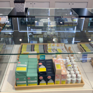 Calgary+%E2%80%93+Kensington Cannabis Dispensary - Image 1